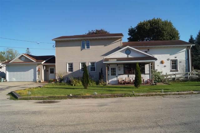 200 Prairie Street, Beaver Dam, WI 53916 (#50212351) :: Todd Wiese Homeselling System, Inc.