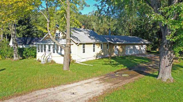 N2865 Hwy Qq, Waupaca, WI 54981 (#50212354) :: Dallaire Realty