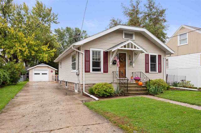 629 W Brewster Street, Appleton, WI 54911 (#50212590) :: Todd Wiese Homeselling System, Inc.