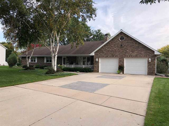 2826 Mayflower Road, Green Bay, WI 54311 (#50212628) :: Symes Realty, LLC