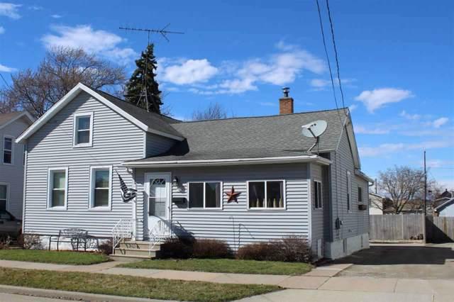 346 W 8TH Avenue, Oshkosh, WI 54902 (#50212643) :: Symes Realty, LLC