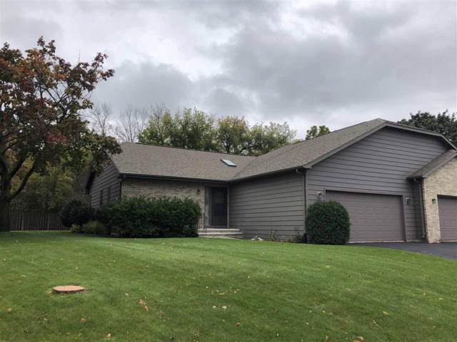 38 Spencer Village Court, Appleton, WI 54914 (#50212644) :: Todd Wiese Homeselling System, Inc.