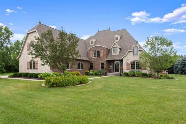 6725 N Smoketree Pass, Appleton, WI 54913 (#50212693) :: Todd Wiese Homeselling System, Inc.