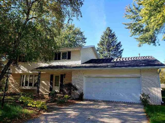 823 Ellen Court, Fond Du Lac, WI 54935 (#50212696) :: Todd Wiese Homeselling System, Inc.