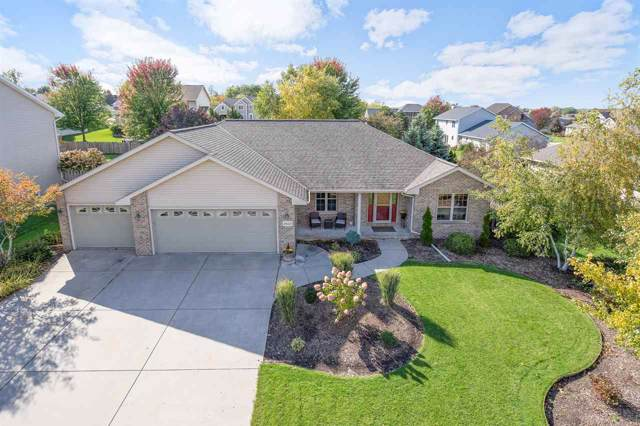 2433 Watson Circle, De Pere, WI 54115 (#50212702) :: Todd Wiese Homeselling System, Inc.