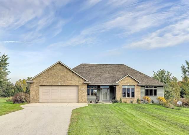 1515 Ridge Oaks Drive, De Pere, WI 54115 (#50212734) :: Todd Wiese Homeselling System, Inc.