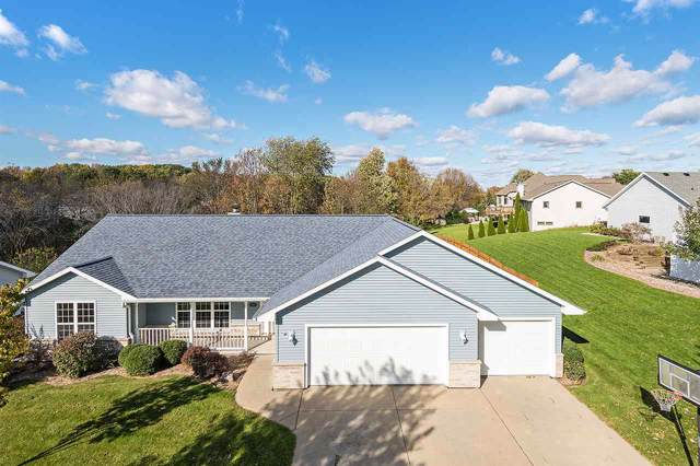 2694 Belle Plane Road, Green Bay, WI 54313 (#50212744) :: Todd Wiese Homeselling System, Inc.