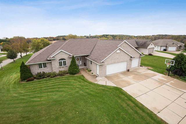 1424 Wilbert Hill Court, Howard, WI 54313 (#50212773) :: Todd Wiese Homeselling System, Inc.