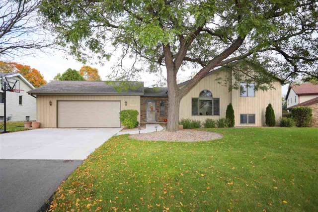 W2764 Breezewood Drive, Appleton, WI 54915 (#50212815) :: Dallaire Realty