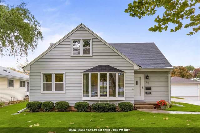 812 S Christine Street, Appleton, WI 54915 (#50212822) :: Todd Wiese Homeselling System, Inc.