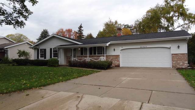 832 E Apple Tree Lane, Appleton, WI 54911 (#50212862) :: Todd Wiese Homeselling System, Inc.