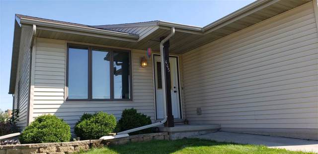 445 Austin Lane, Fond Du Lac, WI 54935 (#50212879) :: Dallaire Realty