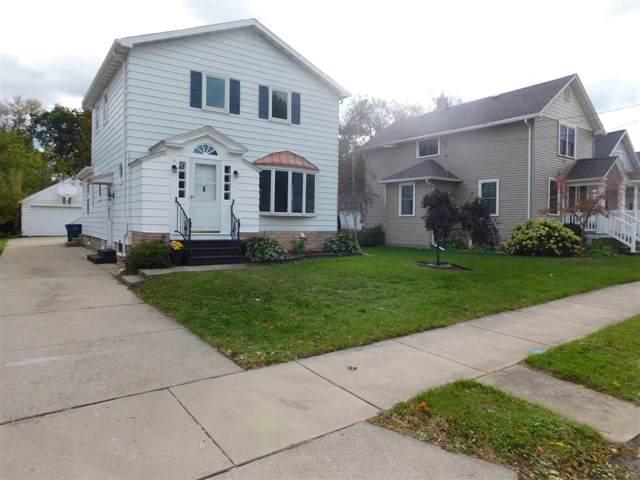 157 W 19TH Avenue, Oshkosh, WI 54902 (#50212892) :: Todd Wiese Homeselling System, Inc.