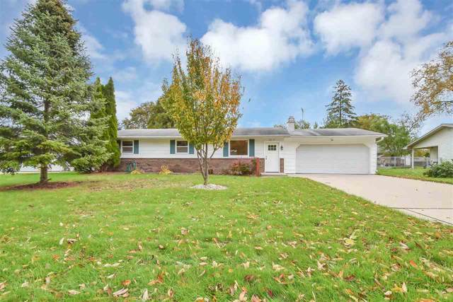 2217 Barberry Lane, Green Bay, WI 54304 (#50212929) :: Dallaire Realty