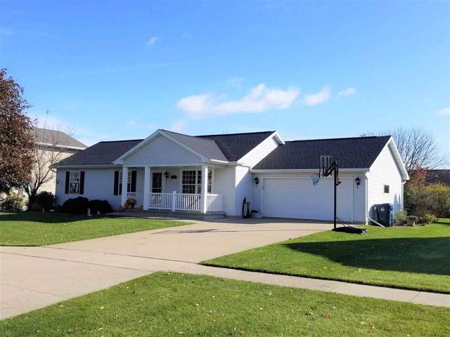 547 Mary Lee Drive, Fond Du Lac, WI 54935 (#50213117) :: Todd Wiese Homeselling System, Inc.