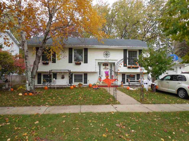 1218 W Grant Street, Appleton, WI 54914 (#50213122) :: Todd Wiese Homeselling System, Inc.