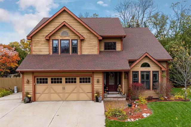 1656 River Mill Road, Oshkosh, WI 54901 (#50213158) :: Todd Wiese Homeselling System, Inc.