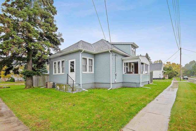 4021 Broadway Street, Manitowoc, WI 54220 (#50213175) :: Todd Wiese Homeselling System, Inc.