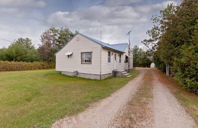 N8736 Hwy 41, Stephenson, MI 49887 (#50213207) :: Todd Wiese Homeselling System, Inc.
