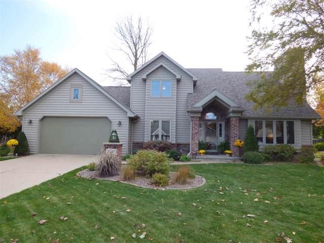 2330 Larue Lane, Green Bay, WI 54313 (#50213281) :: Todd Wiese Homeselling System, Inc.