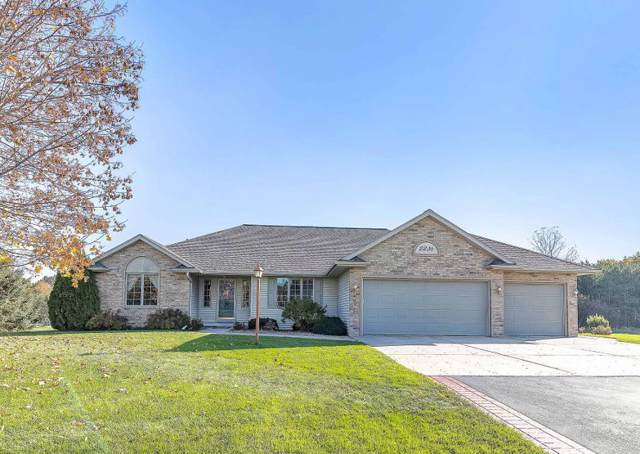 2236 Autumn Ridge Trail, Green Bay, WI 54313 (#50213312) :: Todd Wiese Homeselling System, Inc.