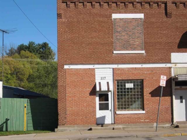 117 Pine River Street, Redgranite, WI 54970 (#50213326) :: Todd Wiese Homeselling System, Inc.
