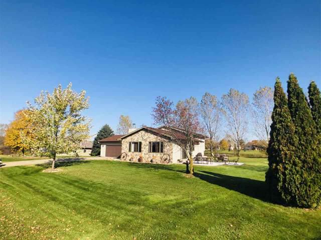 N6426 Bahr Estates Drive, Cecil, WI 54111 (#50213360) :: Dallaire Realty
