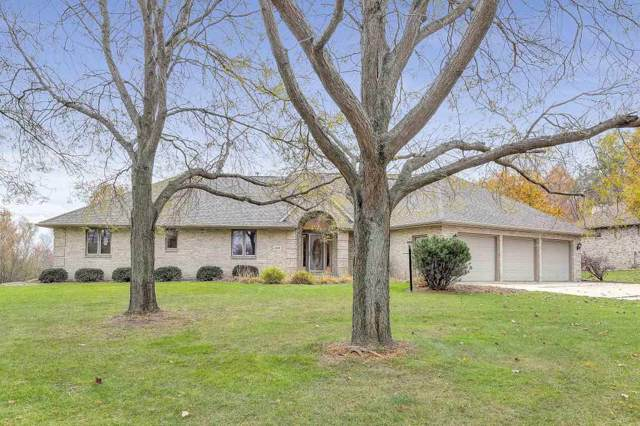 3215 Windover Road, Green Bay, WI 54313 (#50213373) :: Todd Wiese Homeselling System, Inc.