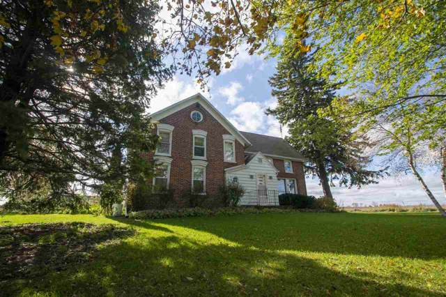 9213 Hwy J, Brussels, WI 54204 (#50213514) :: Todd Wiese Homeselling System, Inc.
