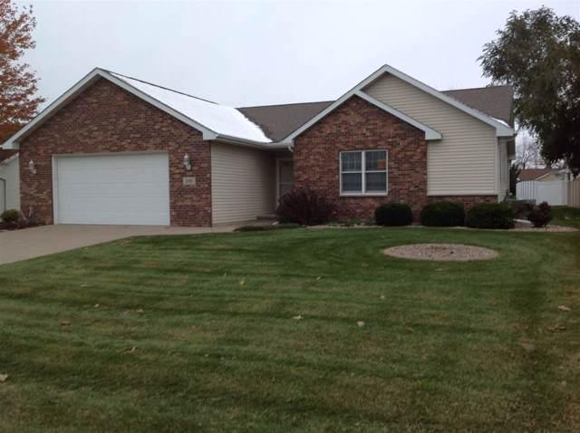 2180 High Meadows Lane, Neenah, WI 54956 (#50213615) :: Todd Wiese Homeselling System, Inc.