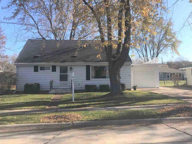 1400 Glenview Avenue, Kaukauna, WI 54130 (#50213698) :: Todd Wiese Homeselling System, Inc.
