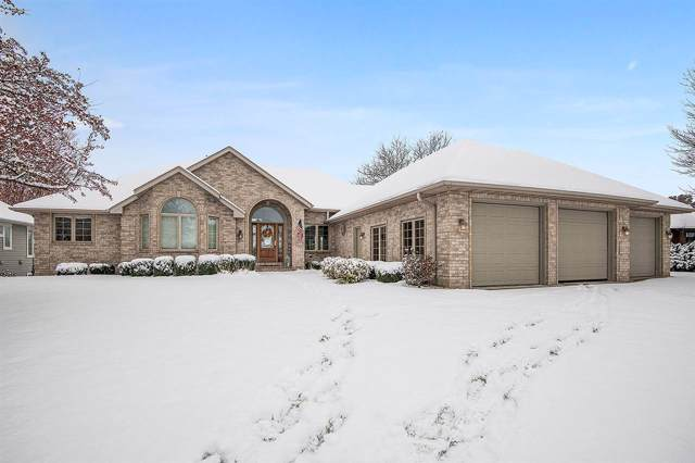 1053 Crestview Drive, Wrightstown, WI 54180 (#50213810) :: Dallaire Realty