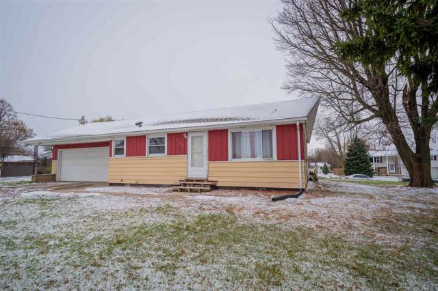 1401 Freedom Road, Little Chute, WI 54140 (#50213918) :: Todd Wiese Homeselling System, Inc.