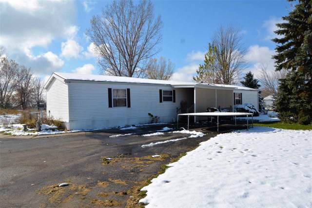 W2313 Hwy 10, Brillion, WI 54110 (#50213920) :: Dallaire Realty