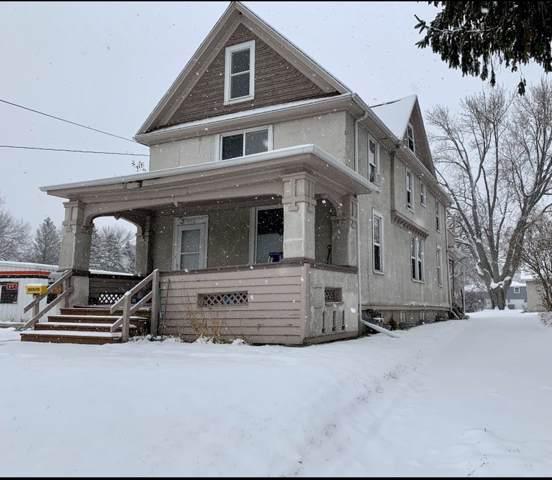 715 E Sumner Street, Hartford, WI 53027 (#50213952) :: Symes Realty, LLC