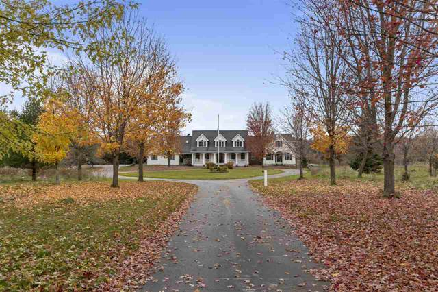 W10312 Ridge Road, Hortonville, WI 54944 (#50213954) :: Todd Wiese Homeselling System, Inc.