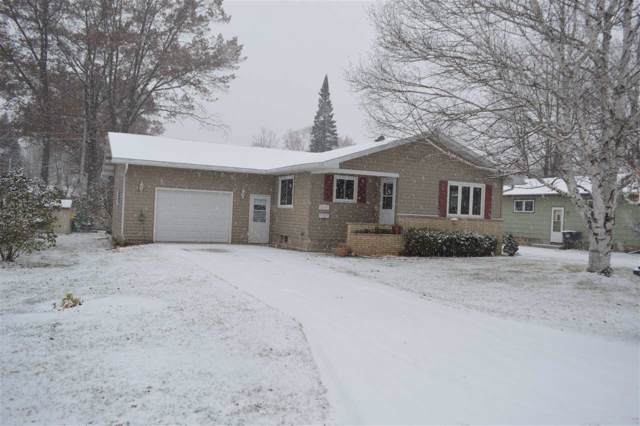 1137 S Weed Street, Shawano, WI 54166 (#50213981) :: Dallaire Realty