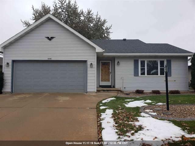 1320 Wheatfield Way, Oshkosh, WI 54904 (#50214014) :: Todd Wiese Homeselling System, Inc.