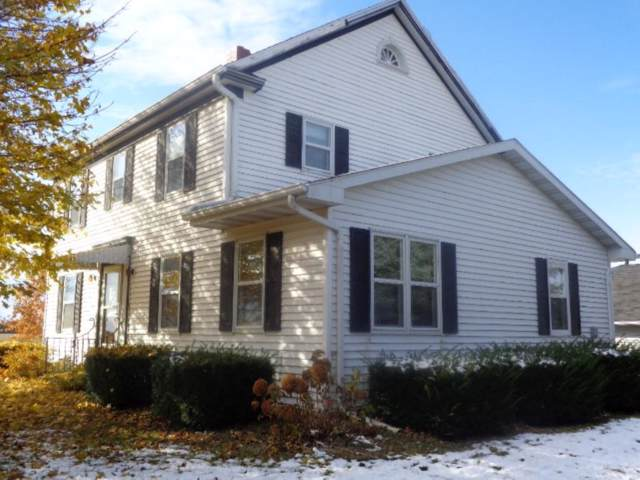 N693 Maple Road, Pulaski, WI 54162 (#50214023) :: Todd Wiese Homeselling System, Inc.