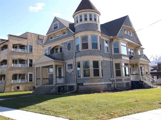 303 Washington Avenue, Oshkosh, WI 54901 (#50214048) :: Todd Wiese Homeselling System, Inc.