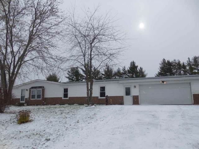 E1995 Hill Road, Luxemburg, WI 54217 (#50214119) :: Todd Wiese Homeselling System, Inc.