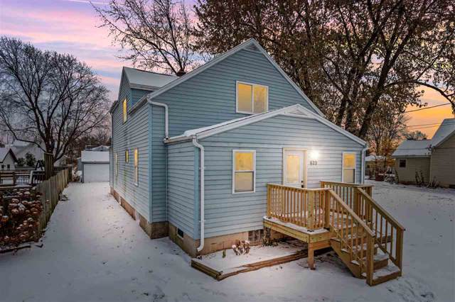 629 Appleton Street, Menasha, WI 54952 (#50214148) :: Todd Wiese Homeselling System, Inc.