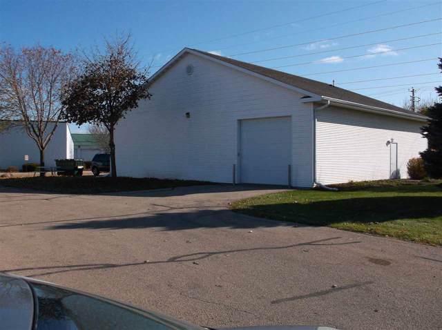 1292 Osborn Avenue, Oshkosh, WI 54902 (#50214175) :: Todd Wiese Homeselling System, Inc.