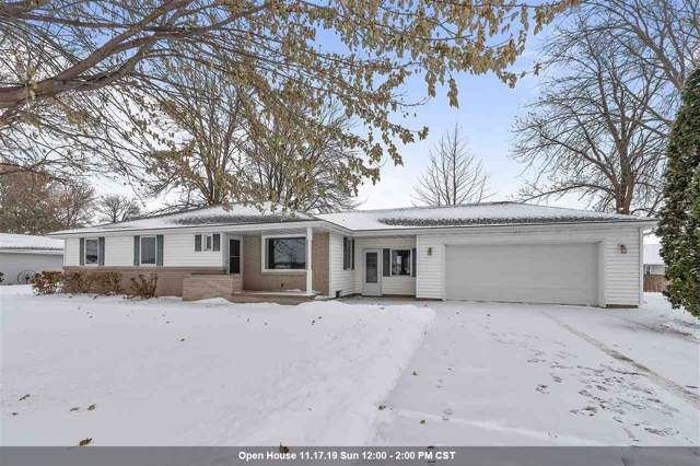 5108 N French Road, Appleton, WI 54913 (#50214178) :: Dallaire Realty