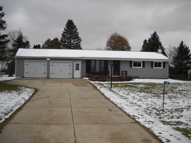 1607 Curtis Lane, West Bend, WI 53090 (#50214186) :: Symes Realty, LLC