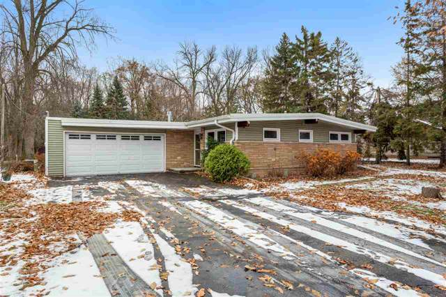 543 Chain Drive, Appleton, WI 54915 (#50214245) :: Todd Wiese Homeselling System, Inc.