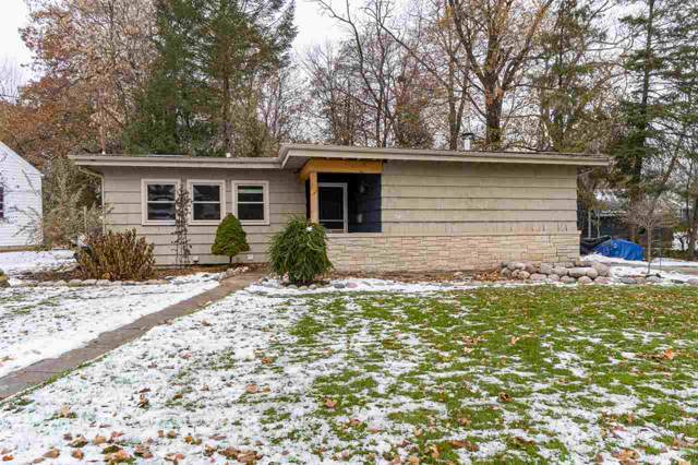 326 River Drive, Appleton, WI 54915 (#50214352) :: Dallaire Realty
