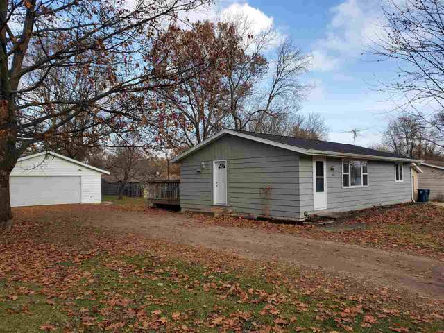 610 North Street, Waupaca, WI 54981 (#50214427) :: Dallaire Realty