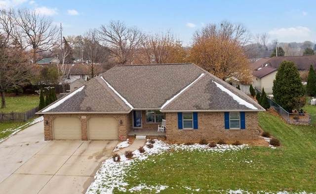 1011 Countryside Drive, De Pere, WI 54115 (#50214456) :: Todd Wiese Homeselling System, Inc.