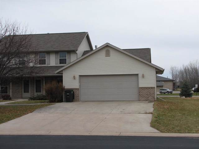844 Highland Park Road, Neenah, WI 54956 (#50214541) :: Dallaire Realty